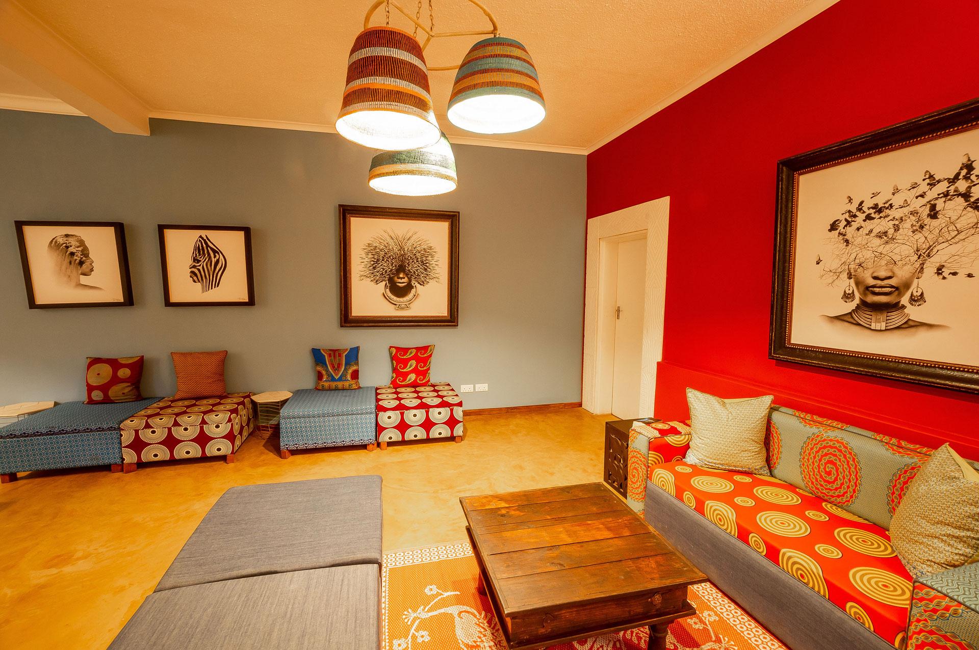 Phezulu-Guest-Lodge-Victoria-Falls-Lounge